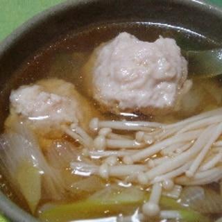 ショウガが効いた鶏ひき肉のつみれ汁でポカポカ♪