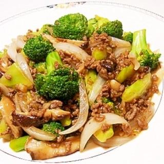 ブロッコリーと挽肉のオイスターソース炒め