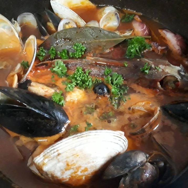 来客用 魚介の旨煮から~残りで。。