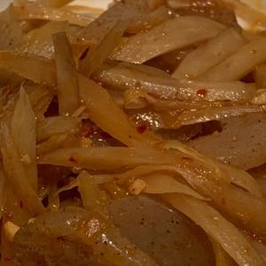ご飯に合う牛蒡と蒟蒻のピリ辛炒め