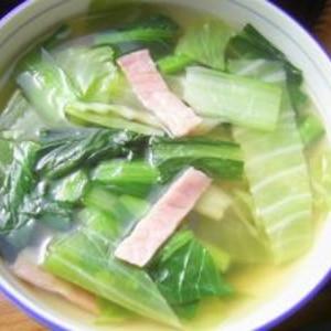 キャベツと小松菜の和風コンソメスープ