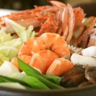 塩麹だけでOK!!こく旨(^-^)海鮮鍋