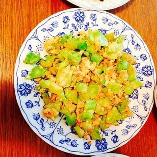 ブロッコリーの芯と卵炒め