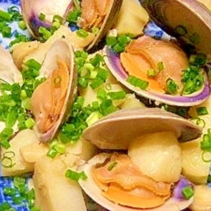 ホンビノス貝とジャガイモのワイン蒸し