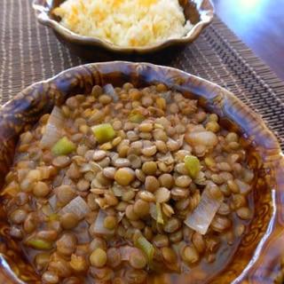 トルコ家庭料理★黒い稲妻(緑レンズ豆の煮込み)