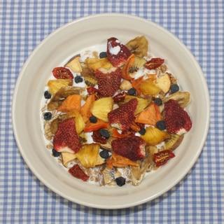 簡単めちゃ甘☆食品乾燥機で手作りフルーツグラノーラ