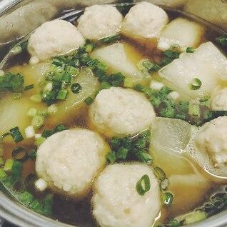 あったまる〜。冬瓜と肉団子のコンソメスープ
