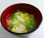 豆腐とキャベツのコンソメスープ