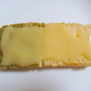 ミルクバタークリームのトースト