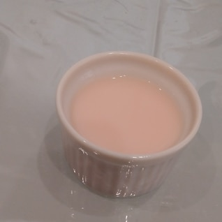 簡単!いちごミルクプリン