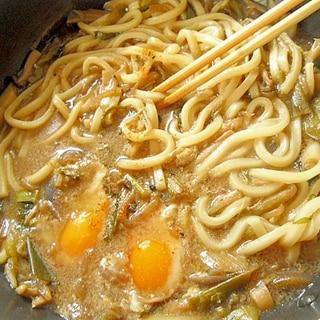 すき焼きの〆、翌日に 卵うどん
