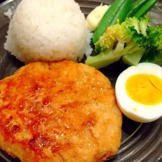 ふんわり優しい味と食感◎鶏ひき肉豆腐ハンバーグ◎