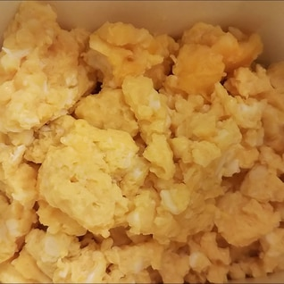 綺麗な色の炒り卵