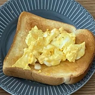 卵サラダパン