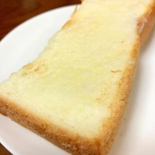 どこから食べても甘いシュガートースト