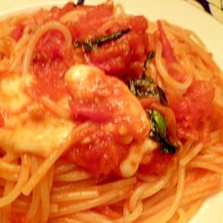 完熟または冷凍トマトで☆パスタ・マルゲリータ