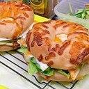 ぼりぼりきゅうりのチーズベーゴーエッグサンド