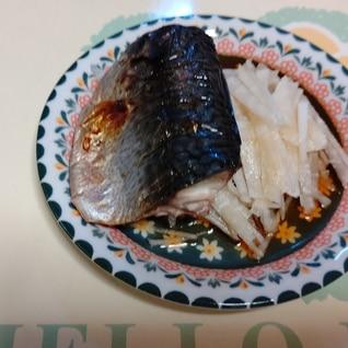 焼き鯖のサラダ添え