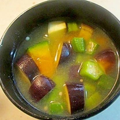 夏バテ予防!夏野菜の味噌汁