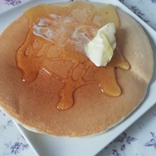卵、牛乳不使用♪薄力粉で簡単!ホットケーキ