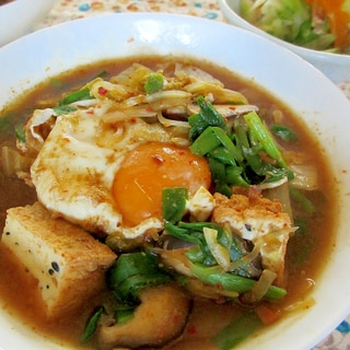 厚揚げとキムチと卵のチゲ風スープ