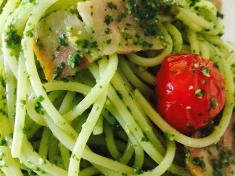 ジェノベーゼパスタ★ベーコン&トマト
