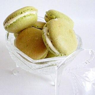 抹茶&ホワイトチョコレートマカロン
