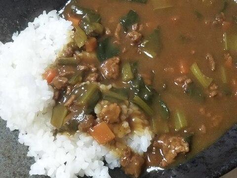 小松菜と豚挽き肉のカレー