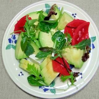 アボカドとお豆腐のサラダ