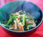 ちくわの旨味で☆小松菜と人参の彩り煮