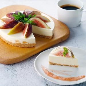 イチジクのレアチーズケーキ