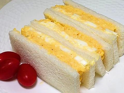 究極のたまごサンド/スクランブルエッグとゆで卵