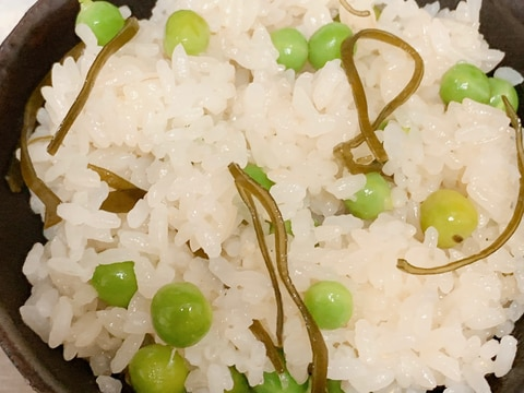 我が家の豆おこわご飯(昆布入り)