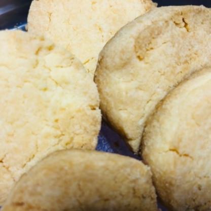 とっても太いクッキーにしましたが、サックサクで美味しかったです!!!