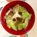 白菜、木綿豆腐、ブナシメジ、茎わかめ