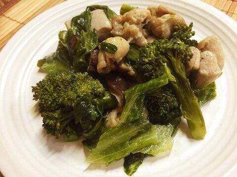 鶏ムネ肉とブロッコリーのハーブソルト炒め