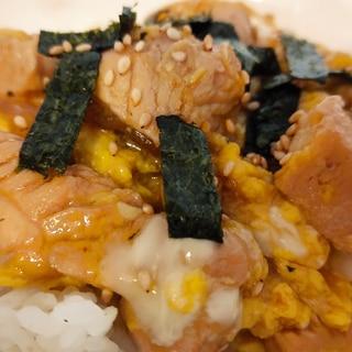 鶏むね肉で節約☆シンプル親子丼
