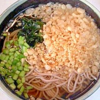 天かす蕎麦 (たぬきそば?)