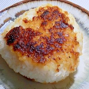 フライパンで甘味噌の焼きおにぎり