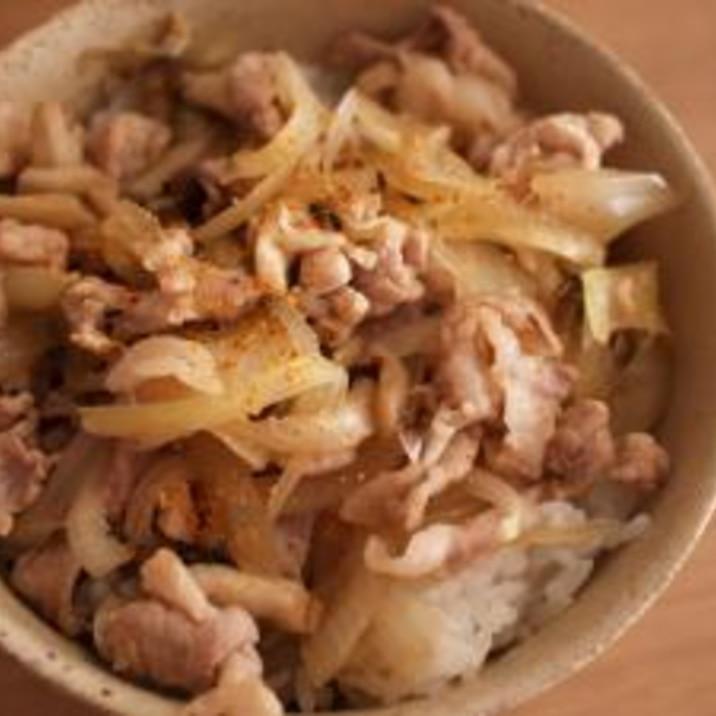 お昼ごはんに♪簡単ぶた丼