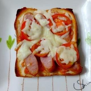 新玉ねぎのケチャップソースで作るピザ風トースト