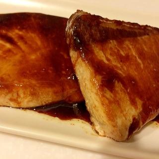 フライパンで簡単!!魚料理の定番ブリの照り焼き♪