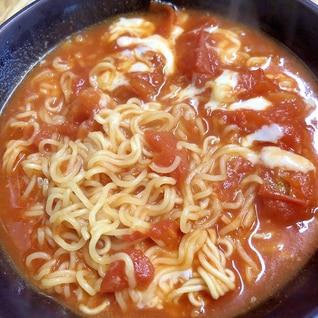 太陽のトマト風ラーメン