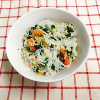 【離乳食後期】納豆と野菜の和風そうめん