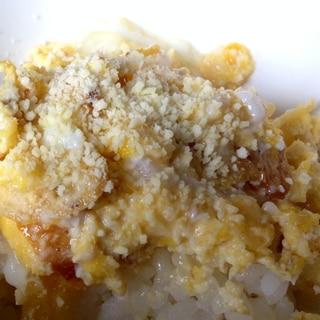 ジャンクごはん☆ポテチ卵とじ丼