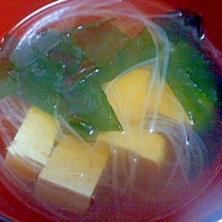 豆腐とわかめと春雨の和風スープ
