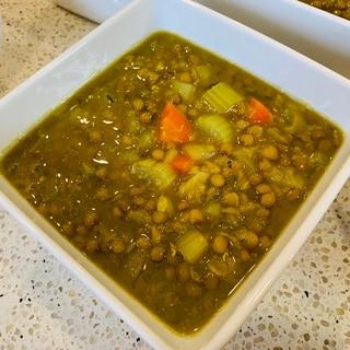 レンズ豆たっぷりのターメリックスープ
