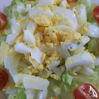簡単☆和えるだけ♪レタスとゆでたまごのサラダ