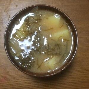 食物繊維たっぷり♪ 「もずくと野菜の味噌汁」