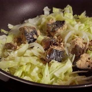 【簡単】サバ缶蒸しキャベツ